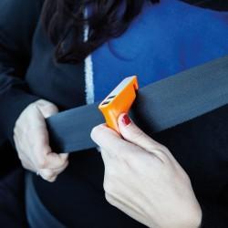 Double chargeur allume-cigare avec coupe-ceinture et marteau noir
